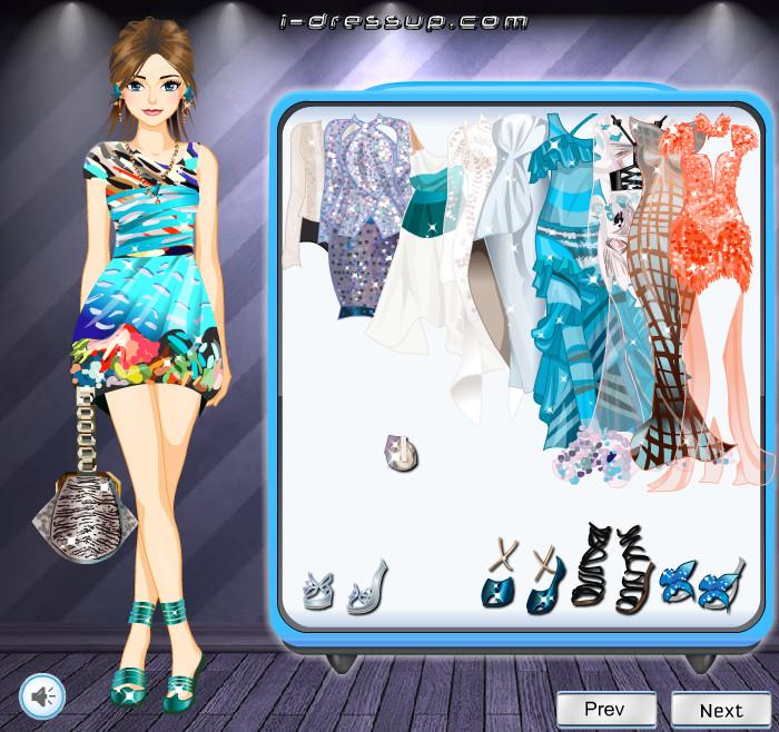 Одевалки для девочек модная одежда