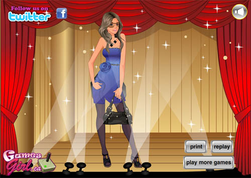 В продолжении игры одевалки Sexy Girl Dress Up 2 помогаем нашей