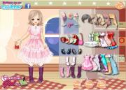 Lovely Shy Girl Dress Up на FlashRoom